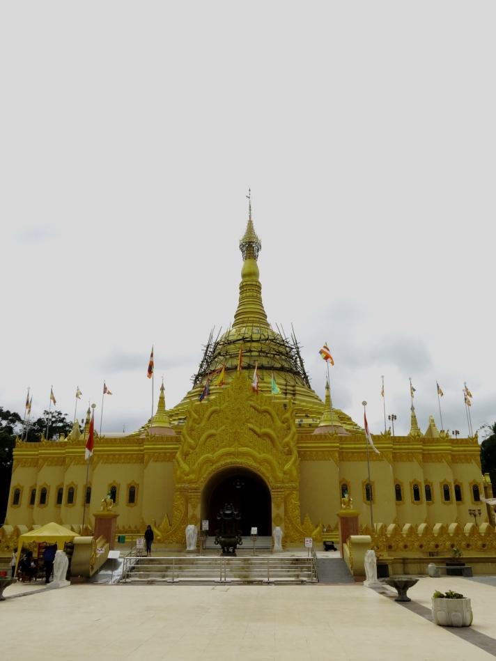 Pagoda Emas