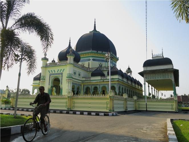 Masjid Azizi Tanjung Pura