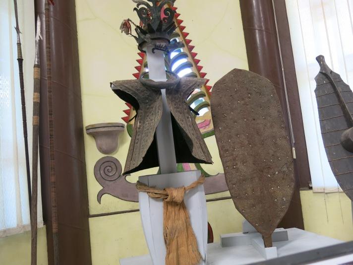 Kostum perang suku Nias