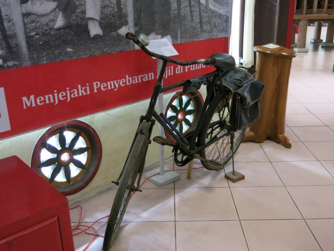 Sepeda yang dipakai misionaris dahulu